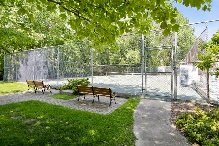 Just Listed 3 Bedroom Condo For Sale In Bethesda