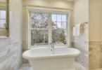 Master Suite Spa Tub