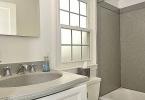 9927 Grayson - Upper level full bath